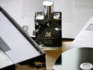 N Hoolywood Stephen Nilsen perfume packaging
